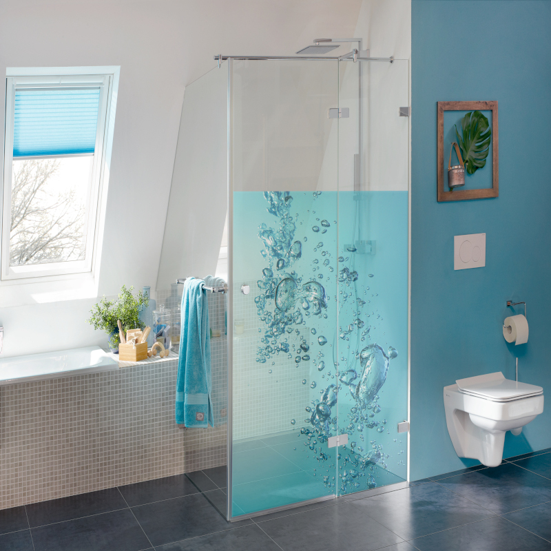 Glass elements in sanitary furniture